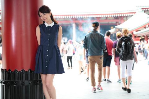 なんやかんやで「美人と一緒に歩くのは楽しい」ということをタカノは再認識した。外国人が多いせいか、別の世界に迷い込んできた気がする。
