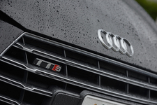 アウディ 新型 TTSクーペ 2.0TFSI quattro[3代目TT] 試乗レポート/今井優杏