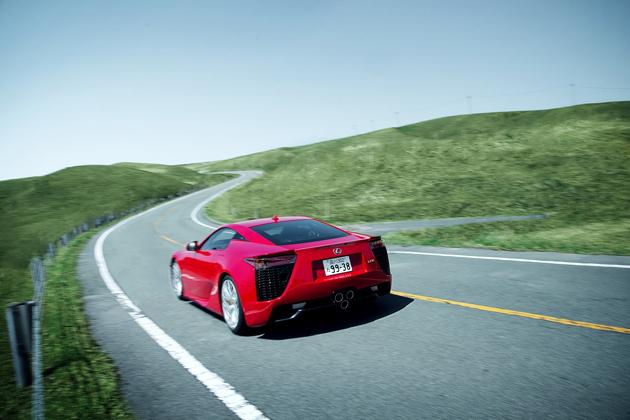 レクサス、「浅間モーターフェスティバル」にて『LEXUS AMAZING EXPERIENCE』を開催 ~LFA等でプロドライバーと同乗試乗が出来るチャンス!~