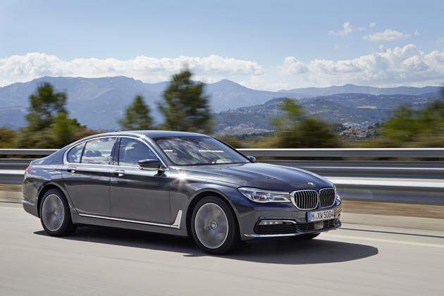 軽量化ボディによる一体感ある走り!思わず笑顔になる BMW 新型 7シリーズ海外試乗レポート