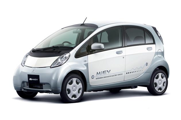 三菱 i-MiEV EV研究開発50周年記念ラッピング車