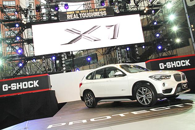 コンパクトなのにタフネス!BMW 新型『X1』登場!六本木ヒルズには同じくタフがトレードマークの巨大○○○も出現!?