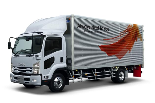 いすゞ、 大型トラック「ギガ」を東京モーターショーで世界初公開