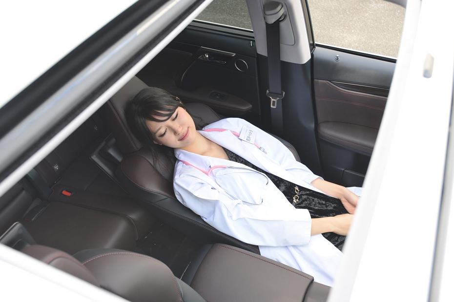 レクサス RX/荒井つかさの新型車診察しちゃうぞ!