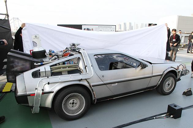 『バック・トゥ・ザ・フューチャー』誕生30周年 「FUKU-FUKU×BTTF GO! デロリアン走行プロジェクト」