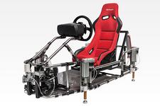 """「GT6」体感型シミュレーターを使用した""""世界初""""テクニカルデモ体験プレイを東京モーターショーで実施"""
