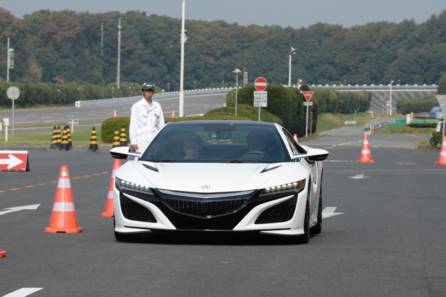 ホンダ 新型NSXを日本で初乗り&全開アタック! 次世代スポーツカーはここまで来た!