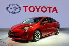 発売後の人気沸騰は確実な「トヨタ 新型プリウス」、気になるのは「価格」と「納期」【TMS2015】