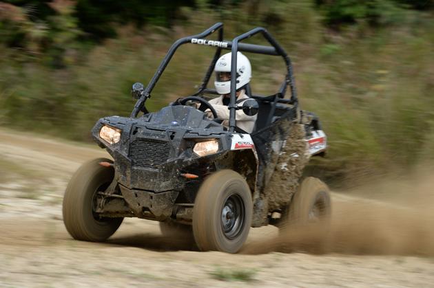 こんなの見たことないっ! 謎の3輪スポーツカー「SLINGSHOT」(スリングショット) 試乗レポート