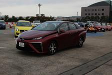 急げ! 人気自動車ジャーナリストの同乗試乗会は11月3日(祝)まで!【TMS2015】