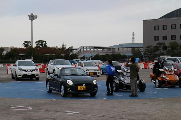 急げ! 人気自動車ジャーナリストの同乗試乗会「プロの運転による乗用車同乗試乗会」は11月3日(祝)まで!【TMS2015】