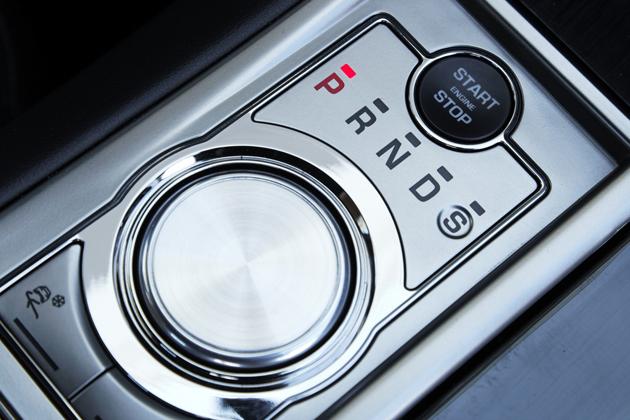 ジャガー XFR Stop/Startボタンとジャガードライブセレクター