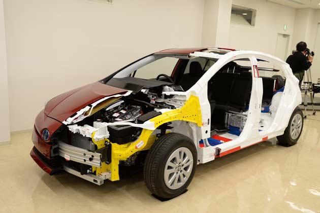 発売間近だ!トヨタ新型「プリウス」プロトタイプ試乗でわかった良い点、悪い点【動画有り】