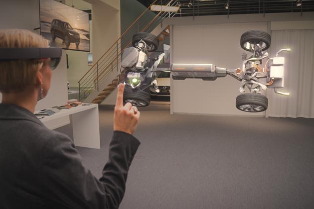 ボルボ、マイクロソフトと3Dホログラムを使った次世代自動車技術を共同開発