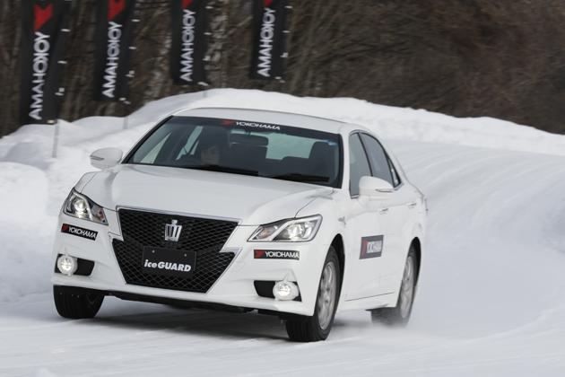 """氷に負けない4つの""""効く""""とは!?新しいスタッドレスタイヤ「YOKOHAMA ice GUARD 5 PLUS」試乗レポート"""