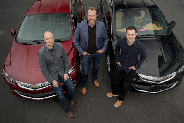 GM:ダン・アマン氏(中央)、Lyft共同創業者:ジョン・ジマー氏(右)、ローガン・グリーン氏(左)