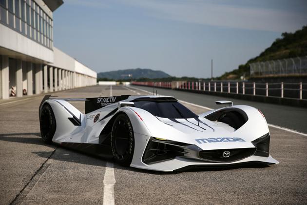 マツダ、「LM55 ビジョン グランツーリスモ」フルスケールモデルを東京オートサロン2016に出展【TMS2016】