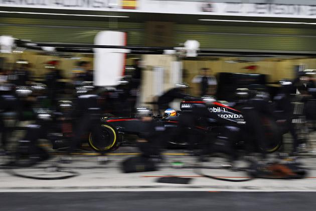 F1 突如レギュレーション変更!ホンダF1は責任者変更と問題のエンジン変更で強いホンダに戻れるか