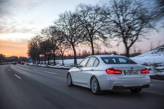 BMWはPHEVの本格的な普及を狙っている!先行試乗で凄さがわかった!BMW2、3シリーズPHEV海外試乗レポート