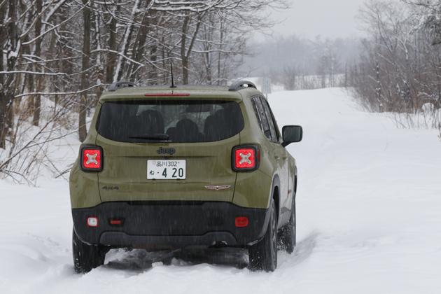 雪上試乗でわかったジープ「レネゲード」のタフさ! 小っちゃいけどやっぱりJeepです!