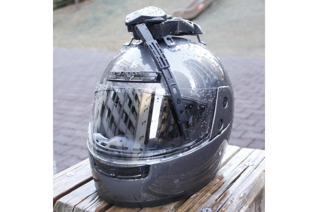 ヘルメットワイパー