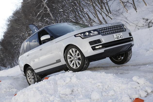 雪の上で究極のプレミアムSUVを遊ばせる贅沢・・・「レンジローバー」「レンジローバースポーツ」雪上試乗レポート