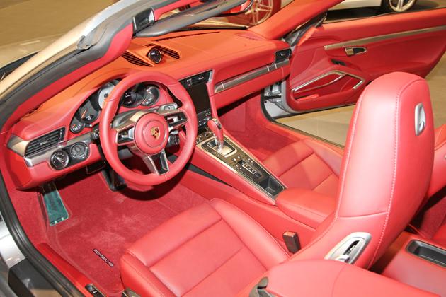 ポルシェ 新型911カレラS カブリオレ