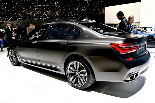 BMW新型「M760Li xDrive」