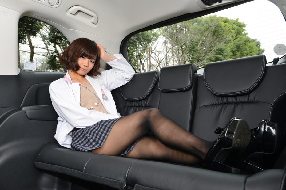 ホンダ オデッセイ ハイブリッド/安枝瞳の新型車診察しちゃうぞ!