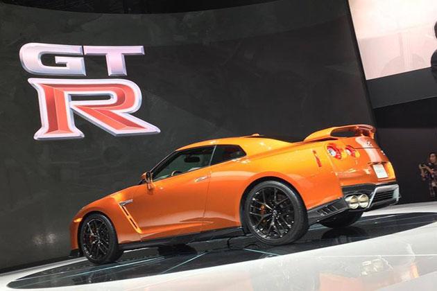日産「GT-R」2017年モデル/ニューヨークモーターショー2016