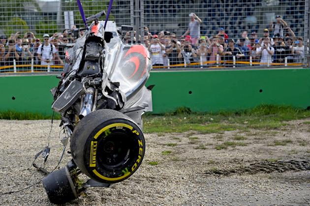 2016 F1GP開幕戦でホンダF1のアロンソが大クラッシュ!今のF1の安全性が立証された