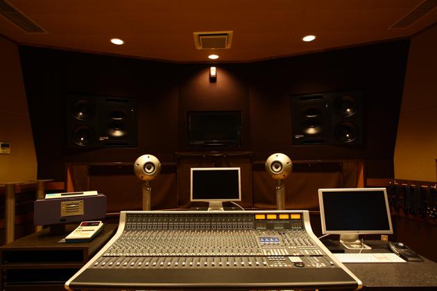「スタジオフォルテ」調整室