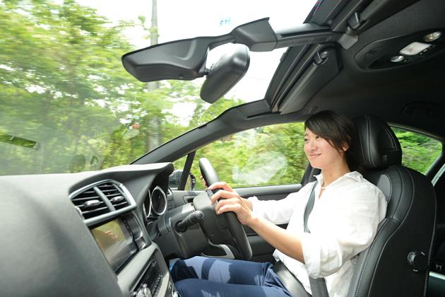 DS AUTOMOBILES 新型「DS4 CROSSBACK」試乗レポート/藤島知子