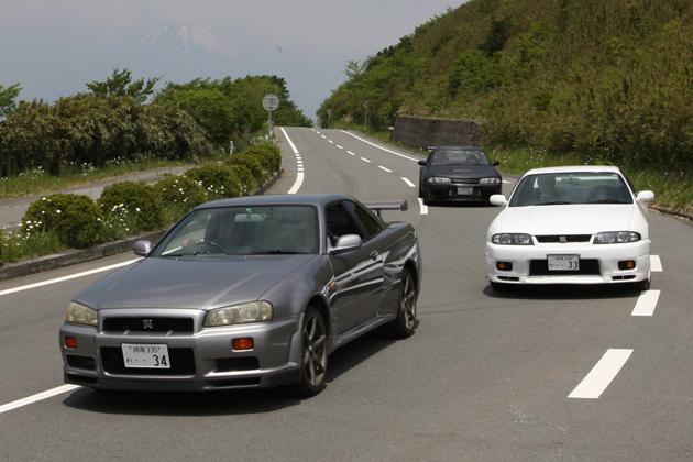 スカイライン GT-R 乗り比べ