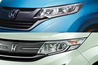 新型フリードと現行ステップワゴンを比較(上が新型フリード、下が現行ステップワゴン)