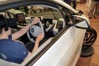BMWが新たなクルマ販売を模索、カーディーラーの「役目」が変わる?