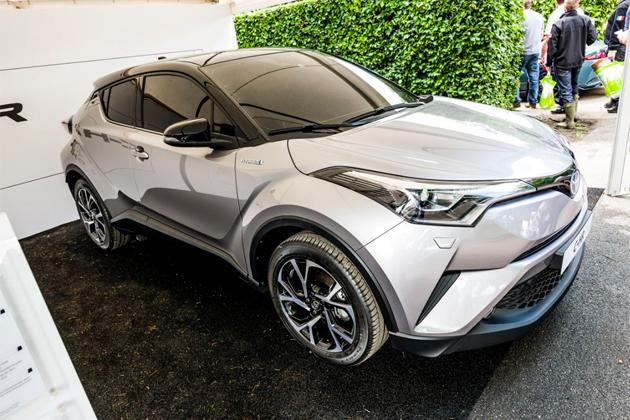 まだかまだかと発売が待たれるトヨタの新型クロスオーバー「C-HR」を振り返り!