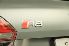 アウディ R8 V10