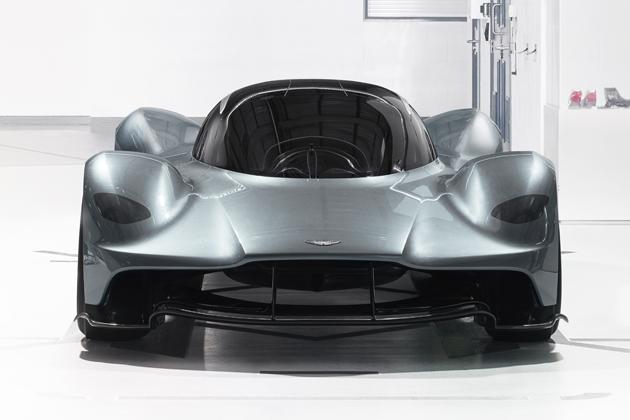 アストンマーティン x レッドブル・レーシング AM-RB 001