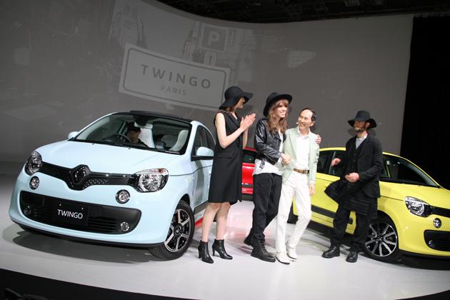 ルノー 新型「トゥインゴ」発表会はパリコレスタイルで/モデルのIVAN(アイヴァン)さんが2面性を演じ分け