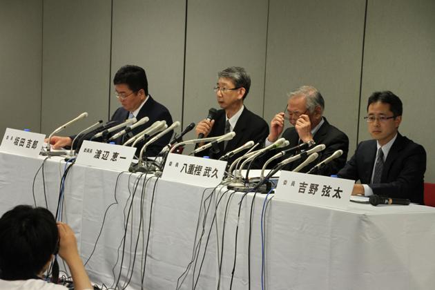 三菱自による燃費不正問題に関する特別調査委員会