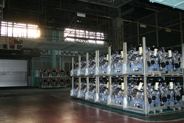 日産 GT-R エンジン 工場