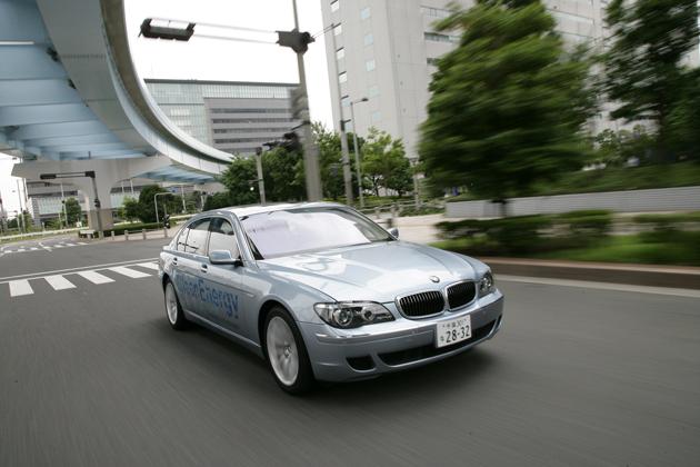 【BMW Hydrogen 7】 モビリティの未来を切り開く水素自動車