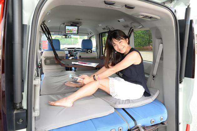 レジャーにドライブに「あったらいいな」の純正用品でステップワゴンを快適進化!