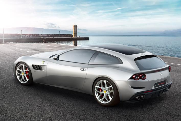 フェラーリ GTC4Lusso T