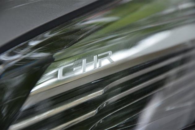 納期3ヶ月待ち!?大人気新型SUV、トヨタ C-HR(CHR)最新情報