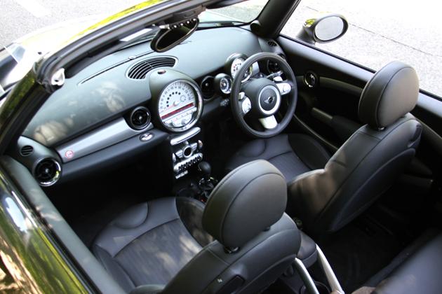 BMW MINIコンバーチブル 試乗レポート