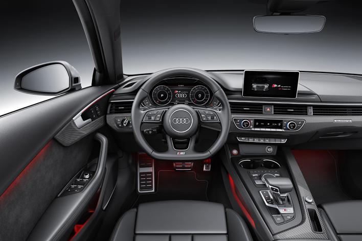 アウディ 新型 S4