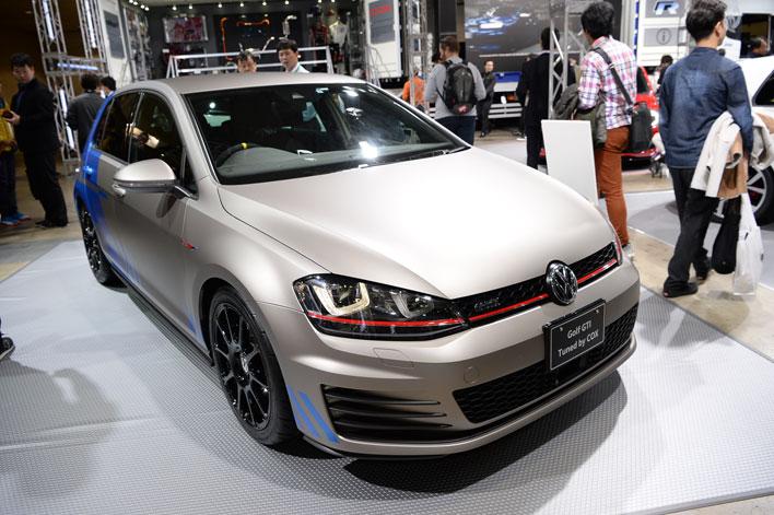 VWブースは、老舗チューナー「COX」によるコンセプトモデルなどを展示【TAS2017】