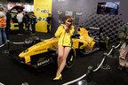 ルノーブースはF1「Renault RS16」などルノー・スポールを全面に出した演出【TAS2017】